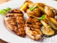 Рецепта Пилешко филе печено на скара или грил тиган в алкохолна марината от водка, чесън и мед
